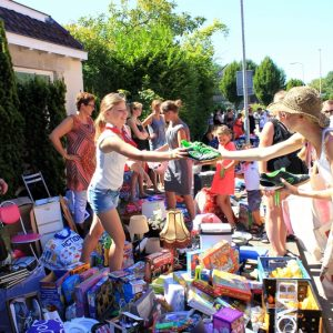 (71) Kindervlooienmarkt (Foto: Henno Koudijs)