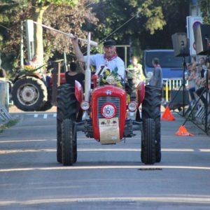 (143) Ringsteken tractoren (Foto: Henno Koudijs)