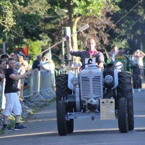 (146) Ringsteken tractoren (Foto: Henno Koudijs)