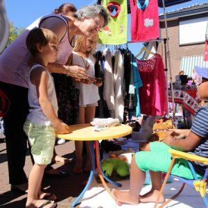 (61) Kindervlooienmarkt (Foto: Berry Jakobsen)