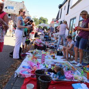 (63) Kindervlooienmarkt (Foto: Berry Jakobsen)