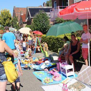 (64) Kindervlooienmarkt (Foto: Berry Jakobsen)