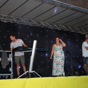 (173) Optreden van de band Carwash (Foto: Lieke Rozeboom)