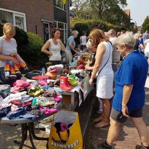 (128) Kindervlooienmarkt (Foto: John Huiskes)
