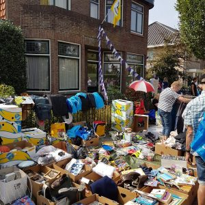 (129) Kindervlooienmarkt (Foto: John Huiskes)