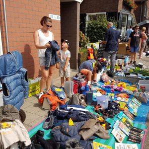 (132) Kindervlooienmarkt (Foto: John Huiskes)