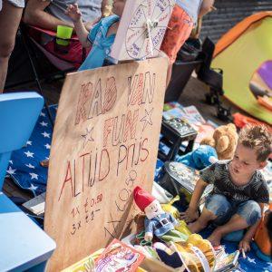 (123) Kindervlooienmarkt (Foto: Maaike van den Brink)