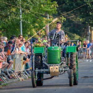 (175) Ringsteken tractoren (Foto: Maaike van den Brink)