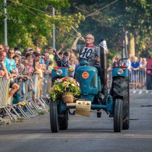 (182) Ringsteken tractoren (Foto: Maaike van den Brink)