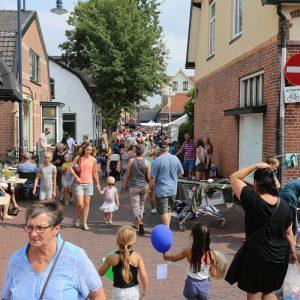 (136) Kindervlooienmarkt (Foto: Berry Jakobsen)